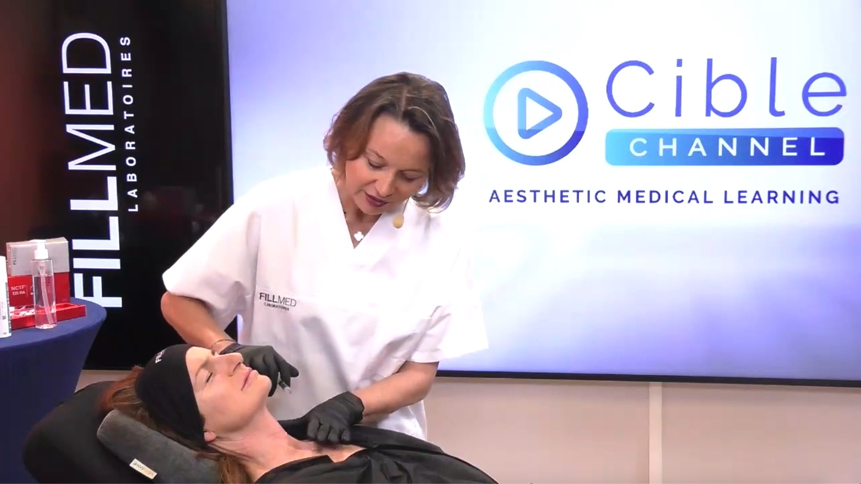 Neck and decolleté : Multi-layer approach to rejuvenate with NanoSoft and NCTF